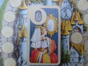 Il va donc falloir trouver le miroir magique de la méchante reine de Blanche-Neige...
