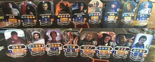 Ah, les photos de famille ! Palp, Obi, Leia, arrêtez de vous cacher ! Darth, Boba ! On ne montre pas du doigt ! Chewie, range ton arme ! Tagge, Ozel, décoincez-vous, souriez donc enfin, vous êtes la crème de l'Empire !
