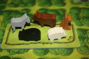 Caverna, les mêmes animaux qu'à Agricola, les ânes et les chiens en plus (et ils sont tout mignons)