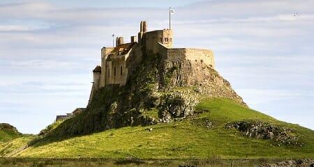 Lindisfarne-chateau-holly-island