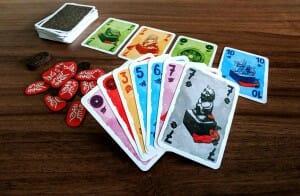 Si le joueur ramasse les deux 7 de la rivière, il peut gagner 2 points !