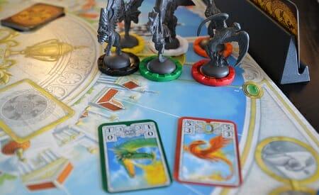 Divinity-derby-ludovox-jeu-de-societe-move cards