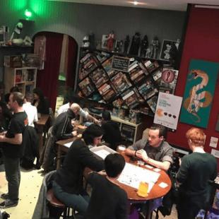 Le monde ludique français s'organise: le réseau des cafés ludiques