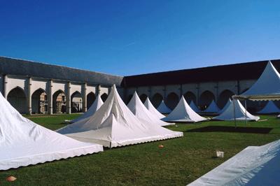 montage-tentes-orléans-joue-ludovox