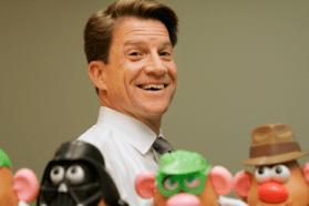 Brian Goldner, le PDG d'Hasbro, décédé à 58 ans